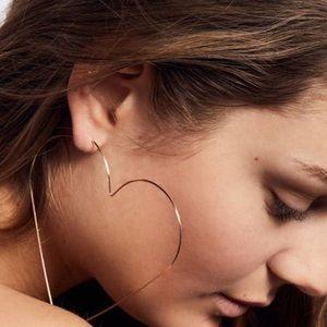 FREE PEOPLE BIG gold HEART hoop earrings LOVE ring